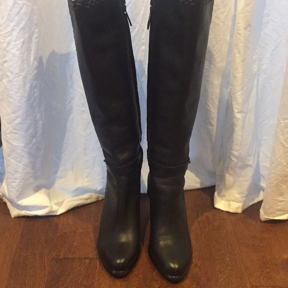 27ec108df1c UGG Tall Blk Leather Claudine Riding Boots Size 8